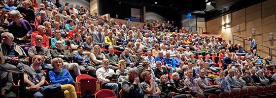 Theater Aan de Slinger, Houten