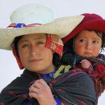 Peruaanse moeder met kind